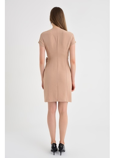 Jument Summer Kırışmaz Keten Şal Yaka Anvelop Bağcıklı Elbise Bej
